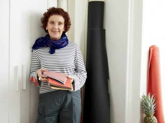 Nữ doanh nhân làm giày và túi từ lá dứa cho hãng Chanel, Mango