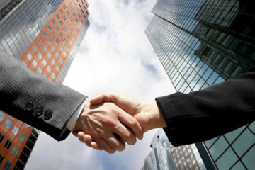 Công ty tài chính thuộc ngân hàng: Một thời tranh mua, một thời tranh bán