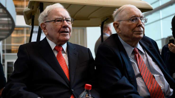 Kiếm được rất nhiều tiền nhưng đây mới là thứ Warren Buffett và 'phó tướng' thực sự muốn
