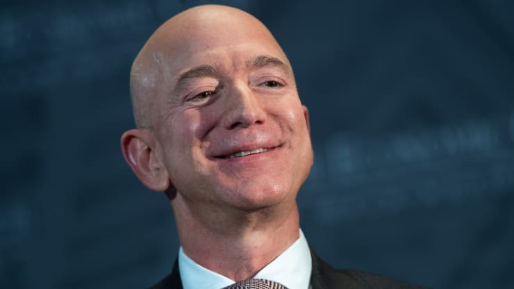 4 bước xây dựng niềm tin và danh tiếng của ông chủ Amazon
