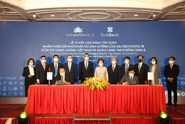 Vietnam Airlines và SeABank ký hợp đồng cho vay tái cấp vốn 2.000 tỷ đồng