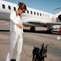 """<p class=""""Normal""""> <strong>10. Kendall Jenner</strong></p> <p class=""""Normal""""> Lượt người theo dõi: 172 triệu</p> <p class=""""Normal""""> Giá trị một bài đăng: 1,05 triệu USD</p> <p class=""""Normal""""> Kendall Jenner được cho là người mẫu được trả lương cao nhất thế giới với giá trị tài sản ròng ước tính khoảng 45 triệu USD vào năm 2021. Cô được chú ý trong năm nay khi úp mở về bạn trai của mình, cầu thủ NBA Devin Booker. Ảnh: <em>Instagram Kendall Jenner</em></p>"""