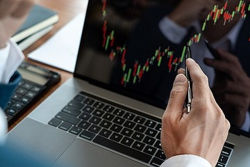 VNDirect: VN-Index có thể chạm 1.500 điểm vào nửa cuối năm 2021