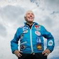 <p> Sau khi rời ghế CEO Amazon, Jeff Bezos dự kiến sẽ có chuyến bay vào vũ trụtrên tên lửa New Shepard do Blue Origin sản xuất vào ngày 20/7. Cùng tham gia chuyến đi này còn cóMark Bezos - em trai của Jeff và cụ bà 82 tuổi Wally Funk -nữ phi công tiên phong trong lĩnh vực hàng không vũ trụ. (Ảnh:<em>Guardian</em>)</p>