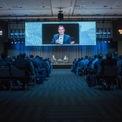 <p> Tại đại hội cổ đông của Amazon vào tháng 5/2021, Bezos nói rằng người kế nhiệm ông có năng lượng để giúp công ty duy trì được điều đã đưa Amazon trở nên đặc biệt và Jassy nhận được niềm tin tuyệt đối của ông.Những năm gần đây, Bezos đã chuyển một phần việc quản lý công việc hàng ngày của Amazon cho Jassy và nhiều quản lý cấp cao khác. (Ảnh: <em>Bloomberg</em>)</p>