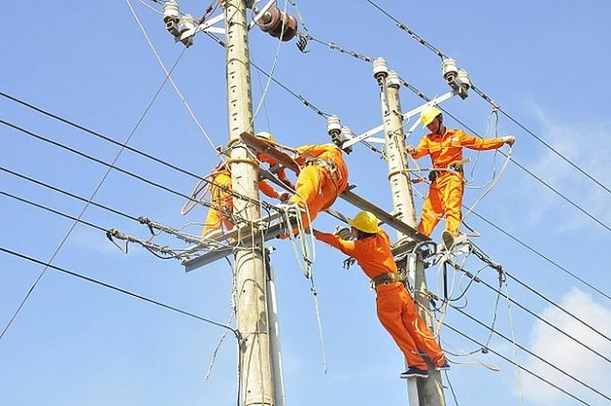 VNDirect: Thủy điện và điện than khả quan nửa cuối năm, điện khí còn nhiều thách thức
