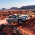 """<p class=""""Normal""""> <strong>3. Toyota Tacoma</strong><br /><br /><span>Giá mua xe mới trung bình: 37.902 USD</span><br /><br /><span>iá mua xe cũ trung bình: 39.857 USD</span><br /><br /><span>Chênh lệch giá: 5,2%, tương đương 1.955 USD<br /><br /> (</span><span style=""""color:rgb(34,34,34);"""">Ảnh:</span><span style=""""color:rgb(34,34,34);""""><em>Toyota Tacoma/Toyota</em>)</span></p>"""