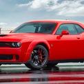 """<p class=""""Normal""""> <strong>7. Dodge Challenger</strong><br /><br /><span>Giá mua xe mới trung bình: 39.375 USD</span><br /><br /><span>Giá mua xe cũ trung bình: 40.764 USD</span><br /><br /><span>Chênh lệch giá: 3,5%, tương đương 1.388 USD<br /><br /> (</span><span style=""""color:rgb(34,34,34);"""">Ảnh:</span><span style=""""color:rgb(34,34,34);""""><em>Dodge Challenger R/T Scat Pack</em>/<em>Dodge</em></span><span>)</span></p>"""
