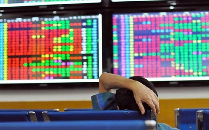VN-Index giảm gần 28 điểm, thanh khoản tăng mạnh
