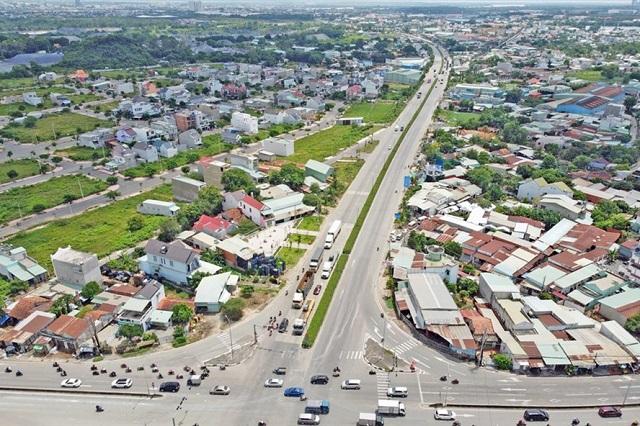 Phó Thủ tướng: Các địa phương khẩn trương thống nhất phương án làm đường Vành đai 3, 4 TP HCM