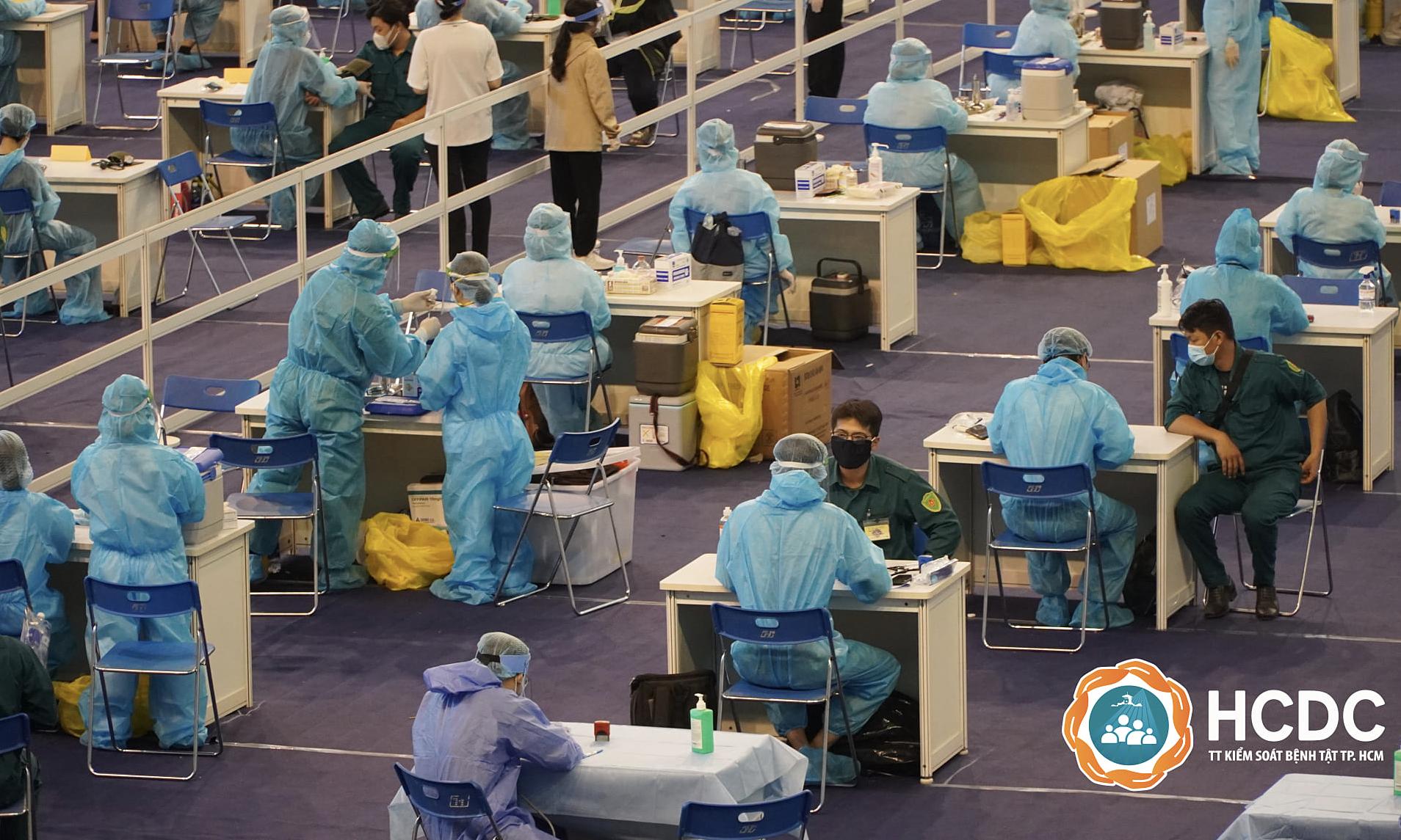 Việt Nam chính thức triển khai chiến dịch tiêm chủng quy mô nhất