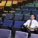 """<p class=""""Normal""""> <strong>9. Prachak Tangkaravakoon</strong></p> <p class=""""Normal""""> Tài sản: 3,2 tỷ USD</p> <p class=""""Normal""""> Prachak Tangkaravakoon là chủ tịch TOA, công ty sơn lớn nhất Thái Lan. Ngoài 3 nhà máy trong nước, TOA còn có nhà máy ở Việt Nam, Lào, Myanmar, Malaysia, Campuchia và Indonesia. Công ty này lên sàn chứng khoán vào năm 2017. (Ảnh: <em>Forbes</em>)</p>"""