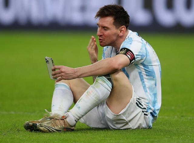 Ứng dụng giả cuộc gọi video với Messi thu hút hàng trăm nghìn lượt tải