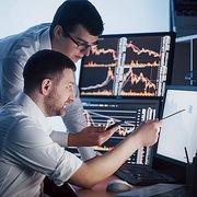 Khối ngoại đẩy mạnh mua ròng hơn 1.400 tỷ đồng trong phiên VN-Index giảm gần 51 điểm