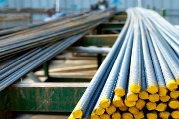 Sản lượng thép xây dựng bán ra trong tháng 6 giảm kỷ lục