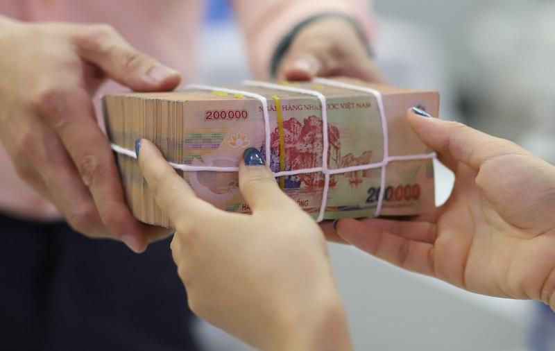 NHNN chấp thuận nới 'room' tín dụng cho một số ngân hàng