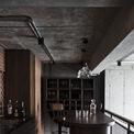 <p> Vẻ đẹp cá tính của gỗ mộc với quầy bar làm cho không gian trở nên lý tưởng cho những buổi gặp gỡ bạn bè.</p>