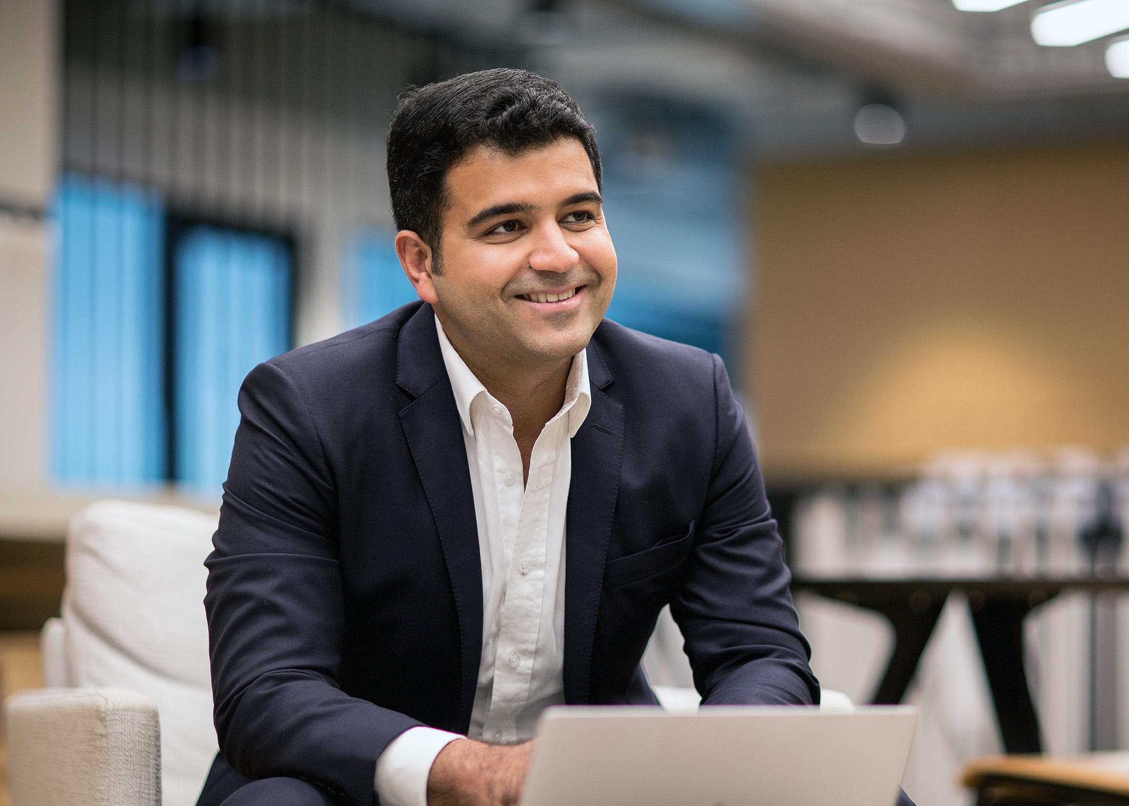 Công ty của tỷ phú Peter Thiel vừa rót 29,5 triệu USD cho startup quản lý tài sản Singapore