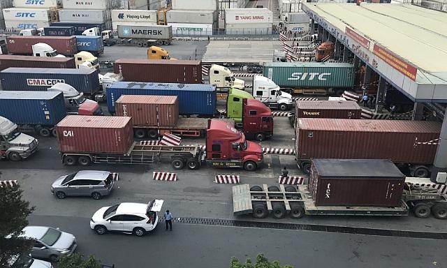 TP HCM tháo ách tắc trong vận chuyển: Công bố loạt địa điểm ưu tiên xét nghiệm Covid-19 cho tài xế chở hàng
