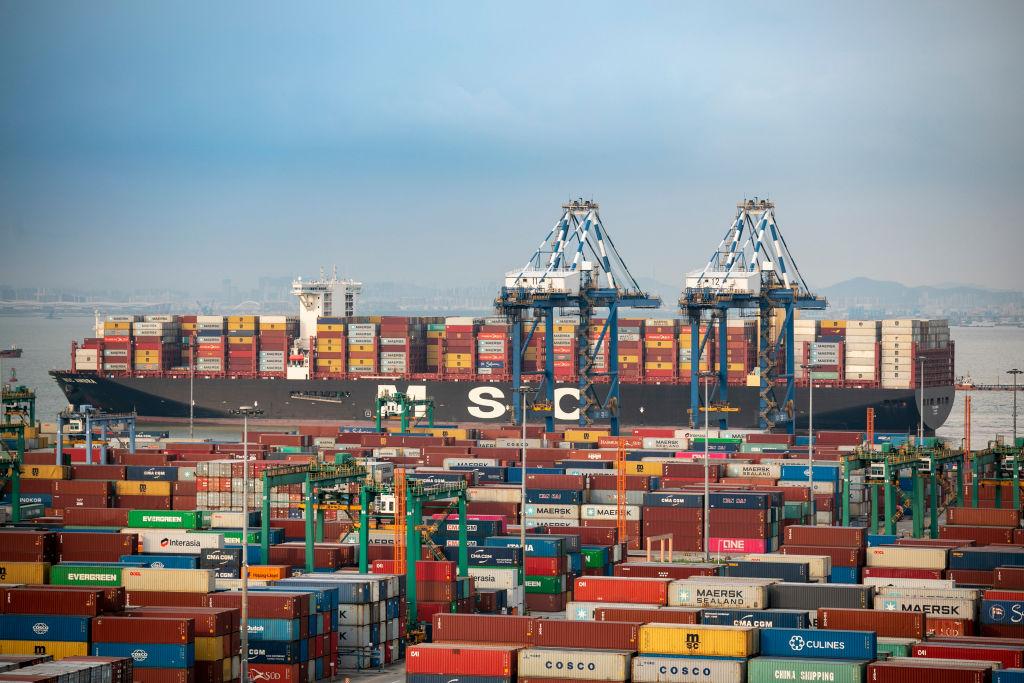 Đến lượt cước vận tải biển Á - Mỹ lên kỷ lục, sát 10.000 USD