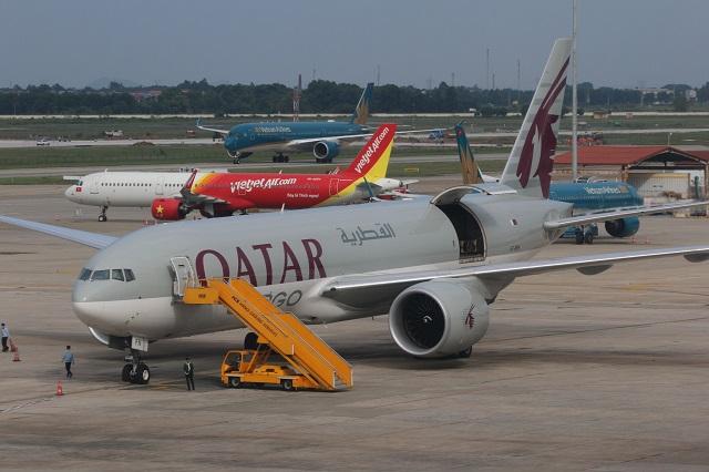 Hơn 80% lượng hàng hóa xuất nhập khẩu bằng đường hàng không đang được thực hiện bởi các hãng hàng không vận tải hàng hóa nước ngoài