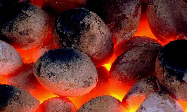 Tiêu thụ điện kỷ lục, Trung Quốc xả hơn 10 triệu tấn than để kìm chế đà tăng giá