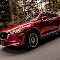 """<p class=""""Normal""""> <strong>Phân khúc Crossover C: Mazda CX-5</strong></p> <p class=""""Normal""""> Hai mẫu xe dẫn đầu phân khúc phân khúc Crossover C là Mazda CX-5 và Hyundai Tucson. Trong khi Mazda CX-5 bán được 4.977 xe, Hyundai Tucson tiêu thụ được 3.693 xe trong năm 2020. (Ảnh: <em>Mazda</em>)</p>"""