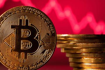 Bitcoin 'thủng' 30.000 USD, vốn hóa thị trường tiền điện tử mất gần 100 tỷ USD