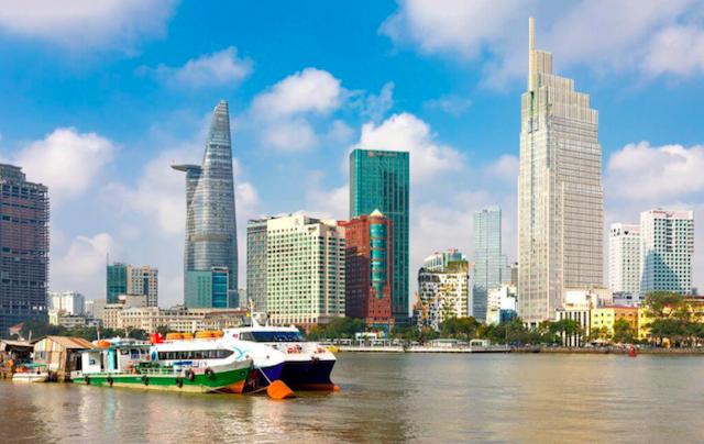 ADB hạ dự báo tăng trưởng GDP Việt Nam xuống 5,8%