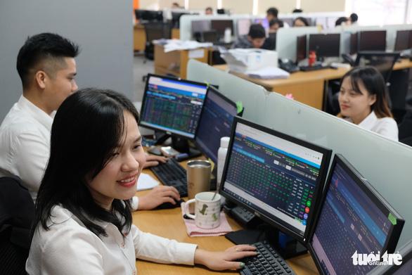 Việt Nam có 38 doanh nghiệp tỷ đô, gần 11 triệu tỷ đồng 'sang tay' trên sàn chứng khoán TP HCM sau 21 năm