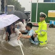 'Mưa lớn nhất 1.000 năm' gây lụt nặng ở tỉnh miền trung Trung Quốc