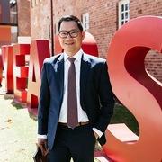 'Cha đẻ' Phở 24 được Đại học Western Sydney vinh danh
