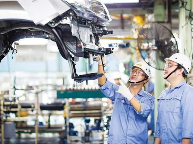 Chính phủ đặt mục tiêu GDP giai đoạn 2021-2025 tăng 6,5-7%. Ảnh: Tạp chí Công Thương.