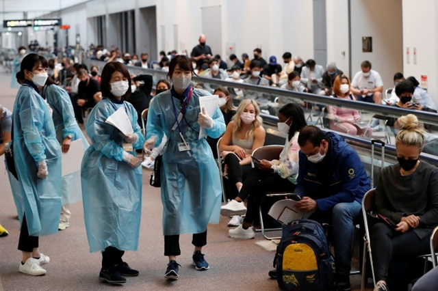 Đại dịch Covid-19 làm đảo lộn kế hoạch tổ chức Olympic Tokyo của Nhật Bản. Ảnh: Al Jazeera.