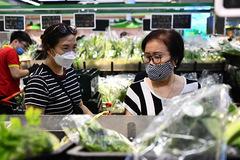 Giá thực phẩm ở chợ Hà Nội thế nào sau khi tăng cấp độ chống dịch?