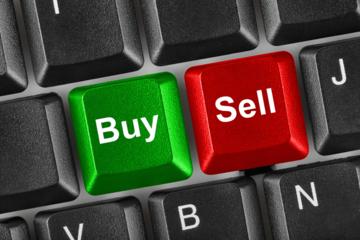 Tự doanh CTCK tiếp tục bán ròng 626 tỷ đồng trong tuần 19-23/7, tâm điểm VIC, VCB và TCB