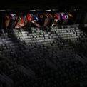 <p> Lễ khai mạc Olympic Tokyo 2020 diễn ra nhưng hàng ghế khán giả trống trơn. Ảnh: <em>Reuters</em>.</p>