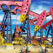 Thị trường diễn biến khó lường, chuyên gia 'quay xe' dự báo giá dầu tiếp tục tăng mạnh