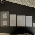 <p> Việc tặng miếng dán trong những thiết bị trên giúp tăng độ nhận diện thương hiệu. Những ai cầm trên tay miếng dán sẽ có cảm giác thú vị khi đã gia nhập câu lạc bộ người dùng thiết bị Apple. Ảnh:<em> Reddit.</em></p>