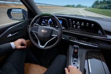 General Motors kiện Ford vì đặt tên công nghệ gây tranh cãi