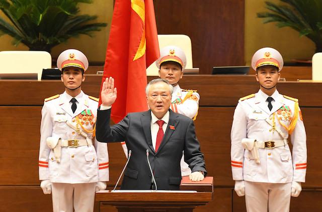 Chánh án Tòa án nhân dân tối cao Nguyễn Hòa Bình