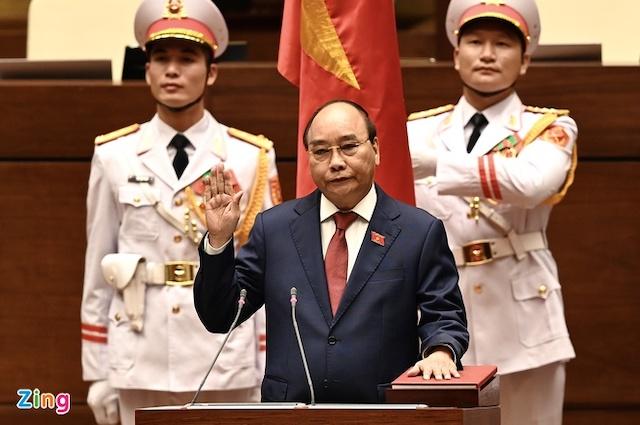 Chủ tịch nước Nguyễn Xuân Phúc tái cử