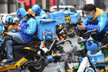 Đội quân shipper giúp Trung Quốc chống chọi qua đại dịch