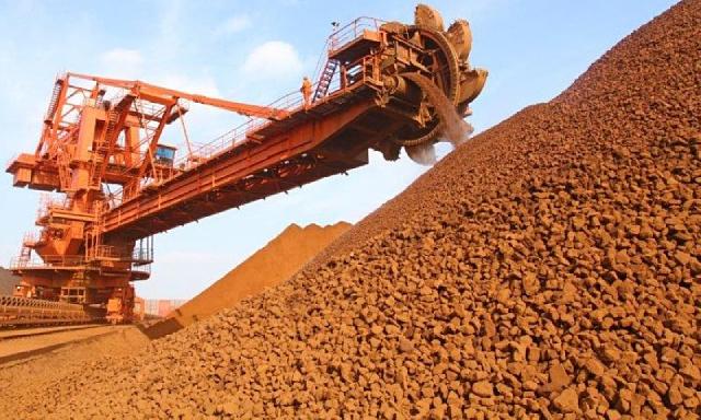 Giá quặng sắt đảo chiều tăng sau 5 phiên giảm liên tiếp