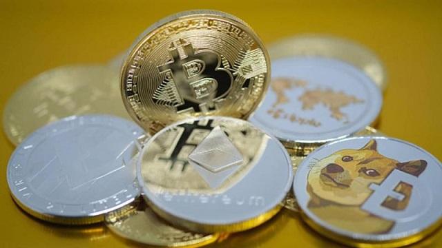 bitcoin-1613223075151174200294-7035-6241