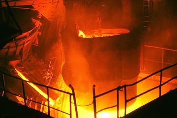 Sản lượng thép Trung Quốc nửa cuối năm xu hướng giảm, giá quặng sắt đi xuống