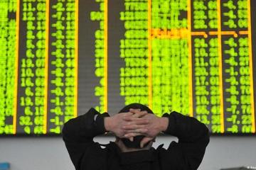 Chứng khoán châu Á giảm, thị trường Trung Quốc lại bị bán mạnh