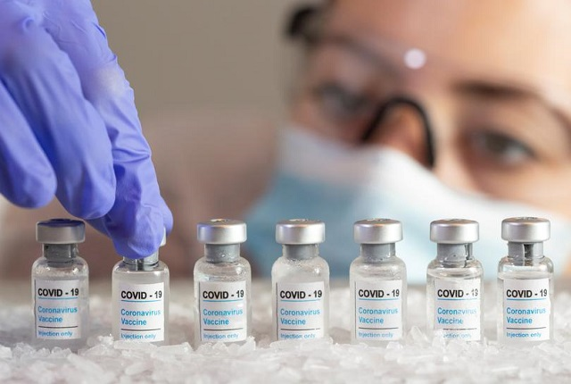 2 hãng dược lãi tỷ đô nhờ bán vaccine Covid-19 công nghệ mRNA