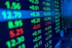 Nhiều cổ phiếu ngân hàng và bất động sản bứt phá, VN-Index lên hơn 16 điểm