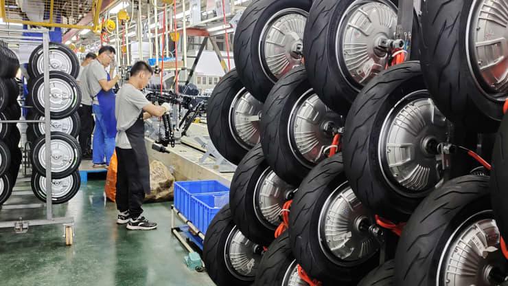 Chi phí tăng, sản xuất tại Trung Quốc suy giảm trong tháng 7